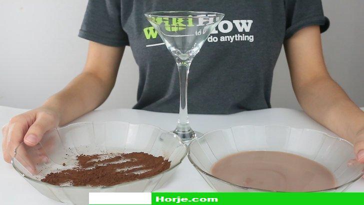 How to Make Chocolate Martinis