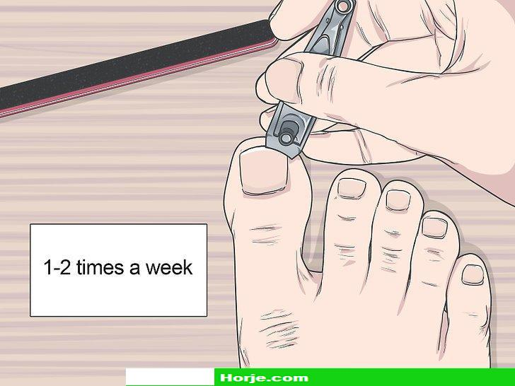 How to Do a Nail Treatment