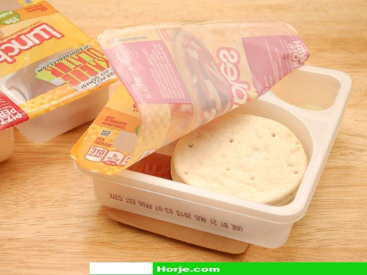 How to Make Pizza Lunchables