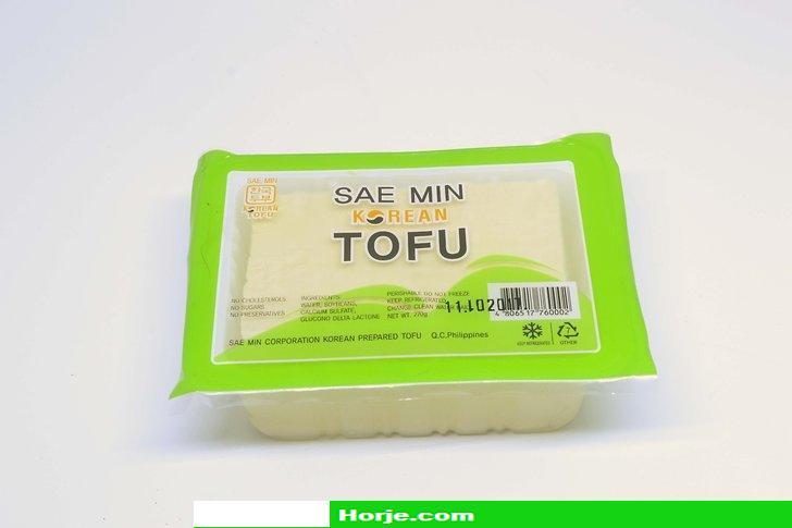 How to Crumble Tofu