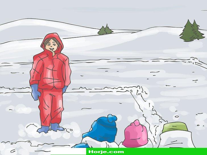 Image titled Play Big Bear's Den (Ukrainian Snow Game) Step 3